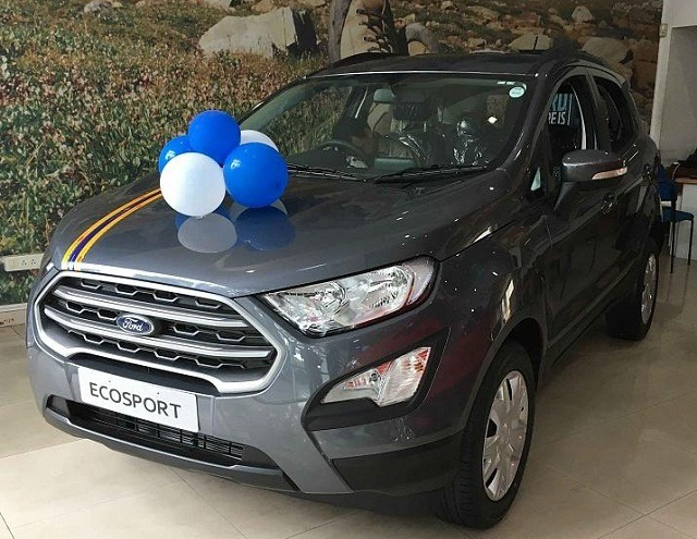 Ford EcoSport 18- thang long ford