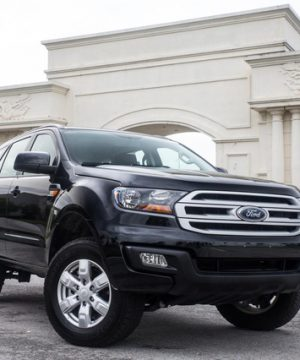 Ford Everest Ambiente sô sàn